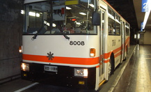 Tateyama_tunnel_trolley_bus_01_thumb